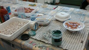 Making mosaics at Il Papiro: a traditional local art
