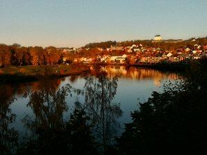 Fabulous autumn day along the Nidelva river